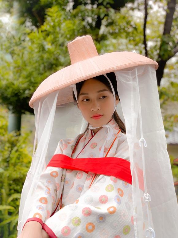 Khả Ngân khoe mặt mộc nhẹ nhàng vẫn được khen xinh như gái Nhật-2
