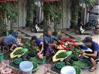 Thanh niên đi chợ mặc cả 1 nghìn với người bán rau, dân mạng đang định 'nặng lời' liền dừng lại khi biết ngọn ngành câu chuyện