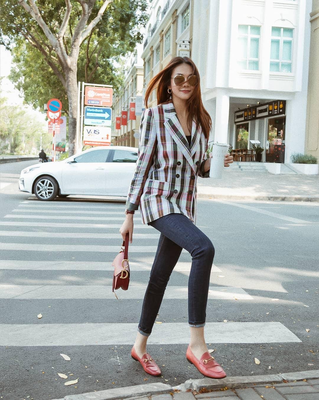 5 gợi ý từ sao Việt giúp bạn hoàn thiện tủ giày 100% thời thượng-15