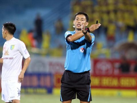 """Trọng tài số một Việt Nam cầm còi trận chung kết"""" V.League 2019-2"""