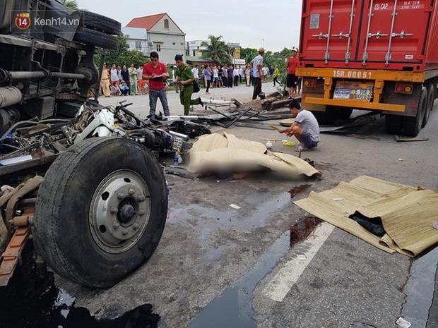 Khởi tố bị can, bắt tạm giam tài xế xe tải bị lật đè tử vong 5 người trên quốc lộ-1