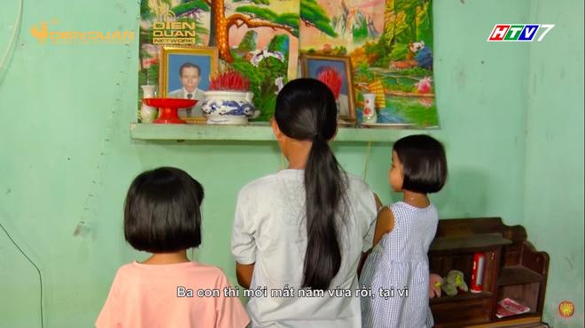 Trấn Thành khóc nức nở, tặng 10 triệu cho 3 chị em ruột mồ côi, chỉ được ăn cơm với muối-3