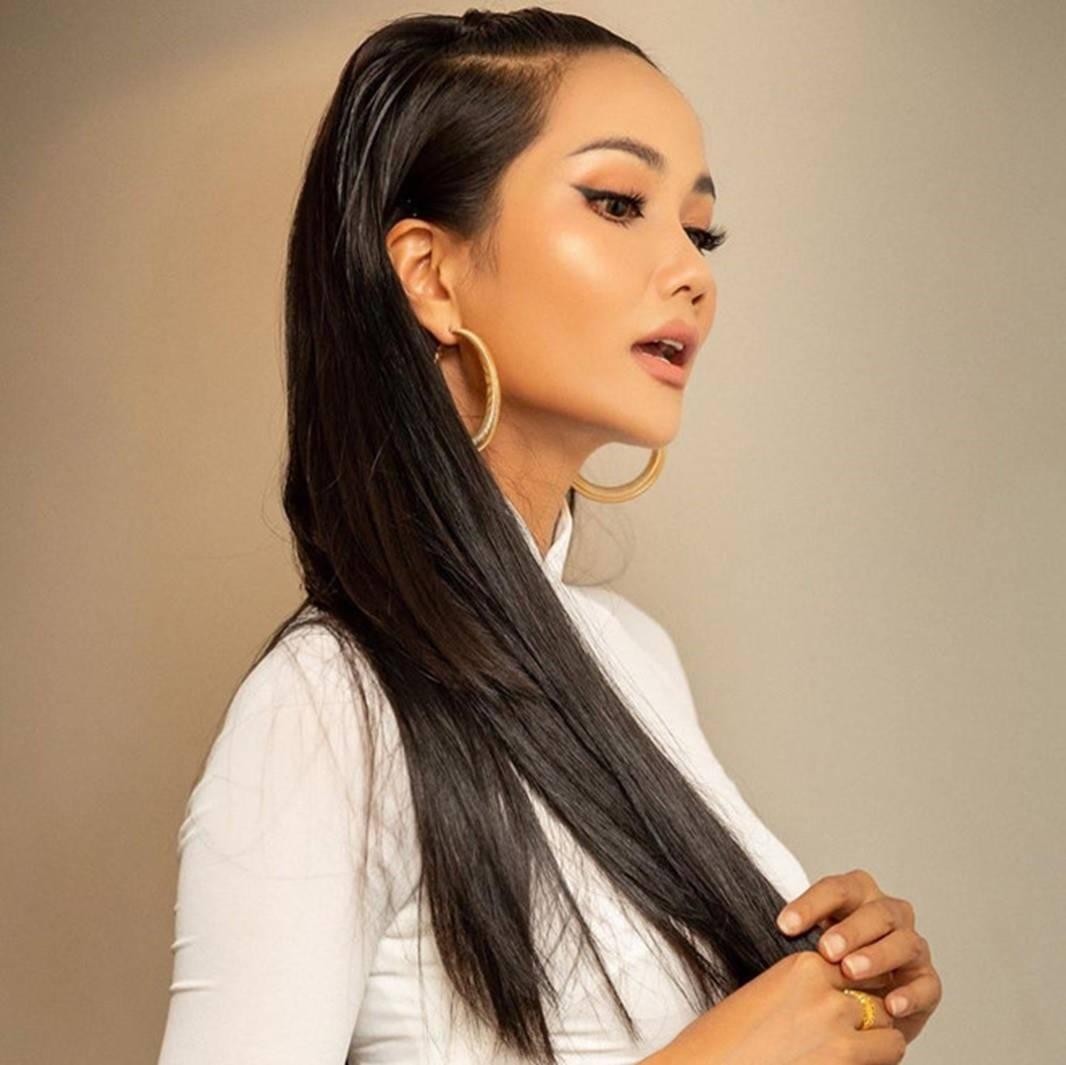HHen Niê bị phản ứng trái chiều vì thường xuyên để tóc dài-3