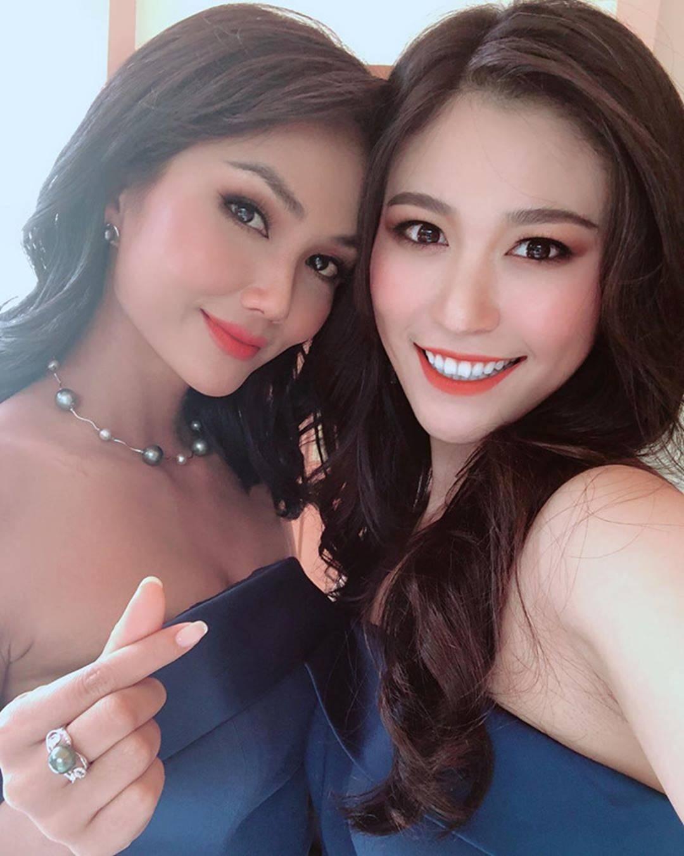 HHen Niê và dàn hoa hậu làm phù dâu trong lễ cưới mỹ nhân Thái Lan-7