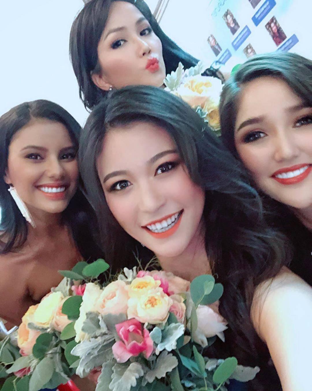 HHen Niê và dàn hoa hậu làm phù dâu trong lễ cưới mỹ nhân Thái Lan-9