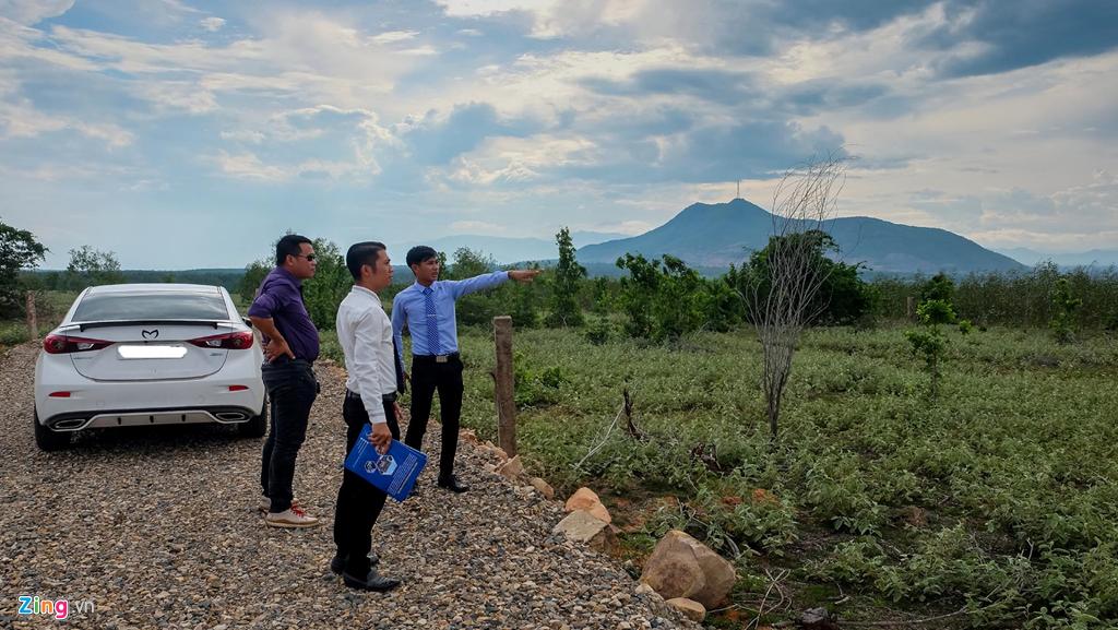 Lập dự án ảo để phân lô bán nền ăn theo sân bay Phan Thiết-2