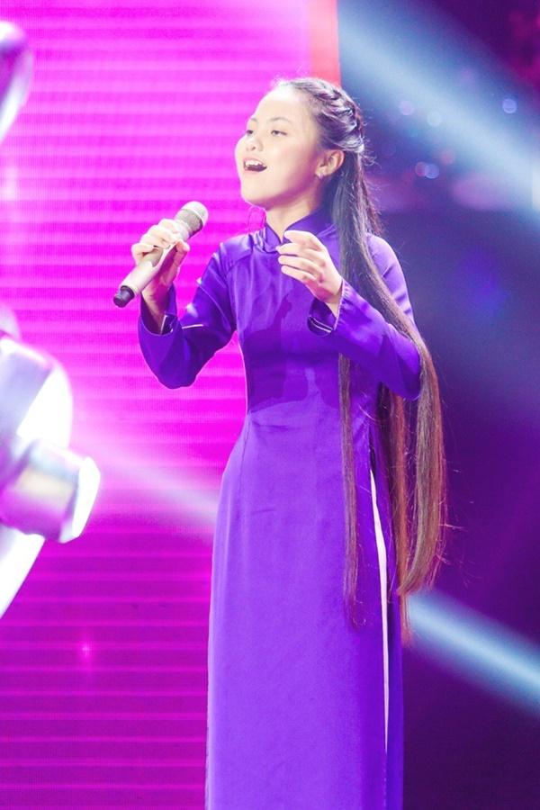 Hoa hậu Hương Giang khẩu chiến với đàn chị trên ghế nóng The Voice Kids, chưa bao giờ nàng Hậu dữ dằn đến thế-18