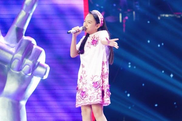 Hoa hậu Hương Giang khẩu chiến với đàn chị trên ghế nóng The Voice Kids, chưa bao giờ nàng Hậu dữ dằn đến thế-15