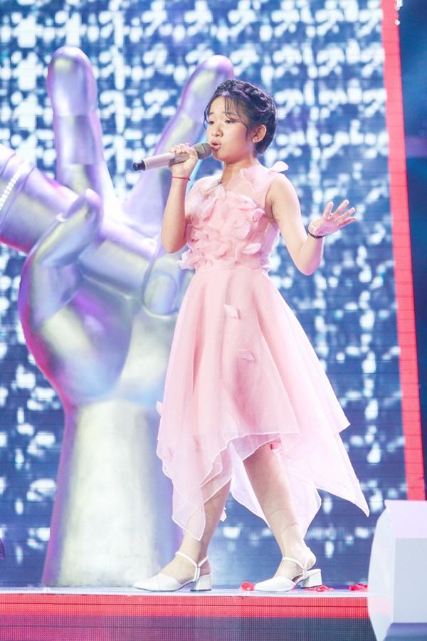 Hoa hậu Hương Giang khẩu chiến với đàn chị trên ghế nóng The Voice Kids, chưa bao giờ nàng Hậu dữ dằn đến thế-19