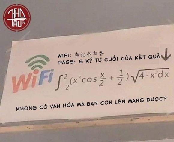 Lại thêm một màn đố pass wifi hack não nhưng ức chế nhất là câu nói: Không có văn hóa thì đừng có lên mạng!-2