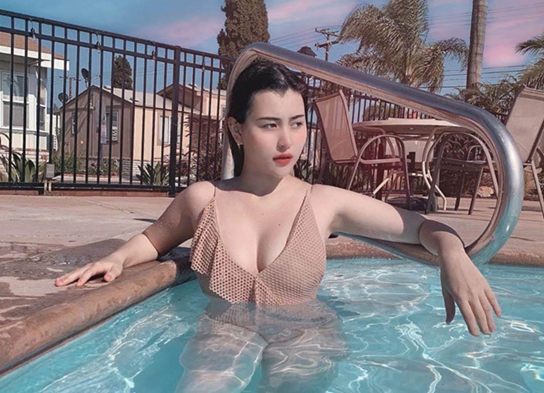 3 bông hồng lai khoe vóc dáng cân đối, gợi cảm khi diện bikini-4