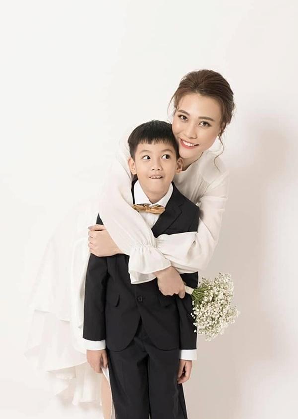 Giữa bao nhiêu người từng yêu Cường Đôla, chỉ duy nhất Đàm Thu Trang làm được những điều này với bé Subeo-2