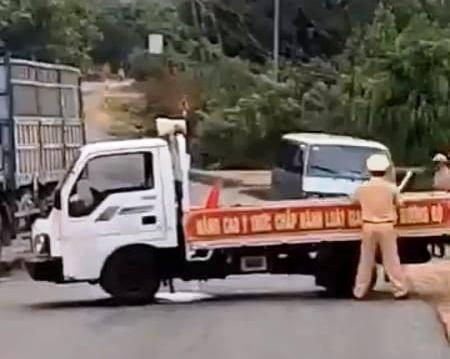 Vụ tài xế tông xe CSGT: Quá bất ngờ, tôi bị văng xa rồi ngất xỉu-4
