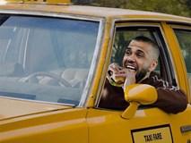 """Thất nghiệp, ngôi sao giàu thành tích nhất giới bóng đá phải """"chọn"""" nghề lái taxi, bảo vệ?"""