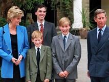 Hé lộ câu chuyện trong bữa tiệc cách đây 27 năm cho thấy mối thù hoàng gia giữa Hoàng tử Harry và William xuất phát từ hai chữ