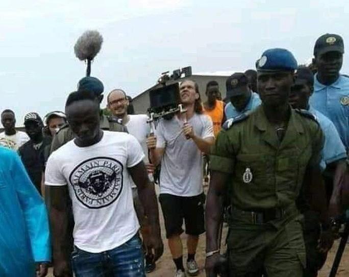 Sao Liverpool hủy kỳ nghỉ hè, xây trường học và bệnh viện ở Senegal-5