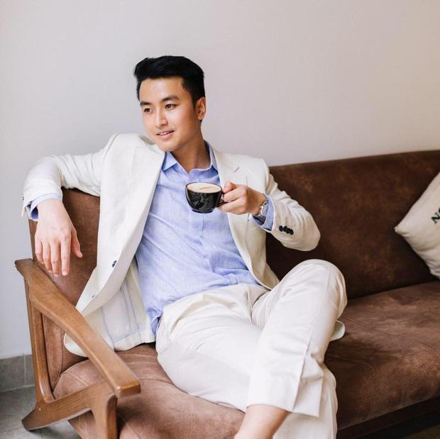 Xuất hiện chàng trai giống hệt Giang Thần, là cử nhân Y Đa khoa của ĐH Y dược TP.HCM khiến fangirl xếp hàng xin được... bệnh-3