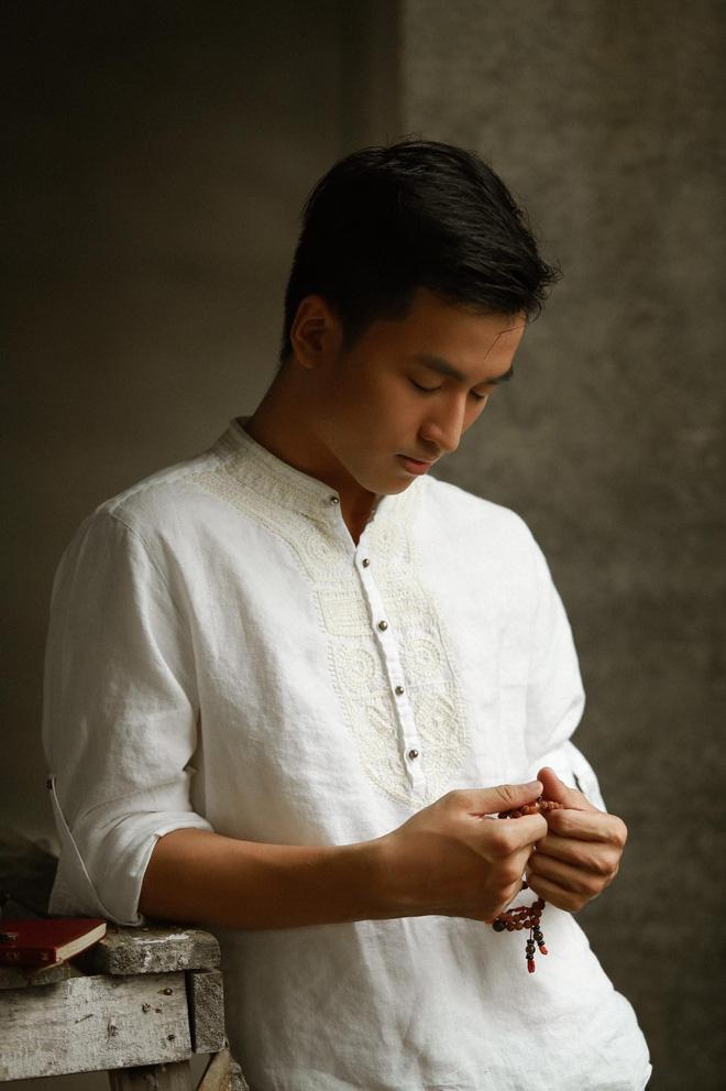Xuất hiện chàng trai giống hệt Giang Thần, là cử nhân Y Đa khoa của ĐH Y dược TP.HCM khiến fangirl xếp hàng xin được... bệnh-18