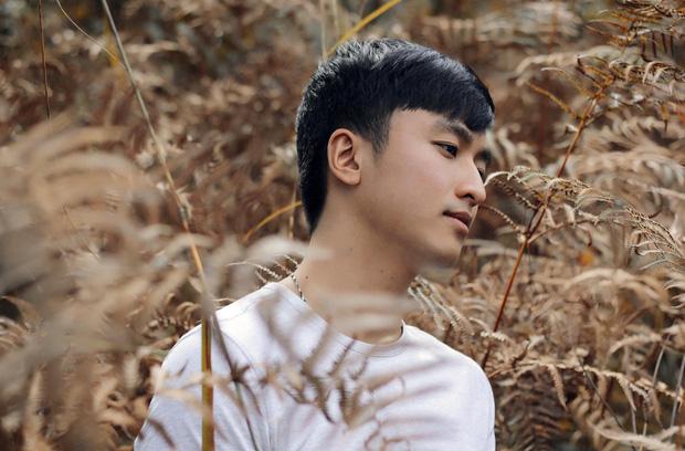 Xuất hiện chàng trai giống hệt Giang Thần, là cử nhân Y Đa khoa của ĐH Y dược TP.HCM khiến fangirl xếp hàng xin được... bệnh-29