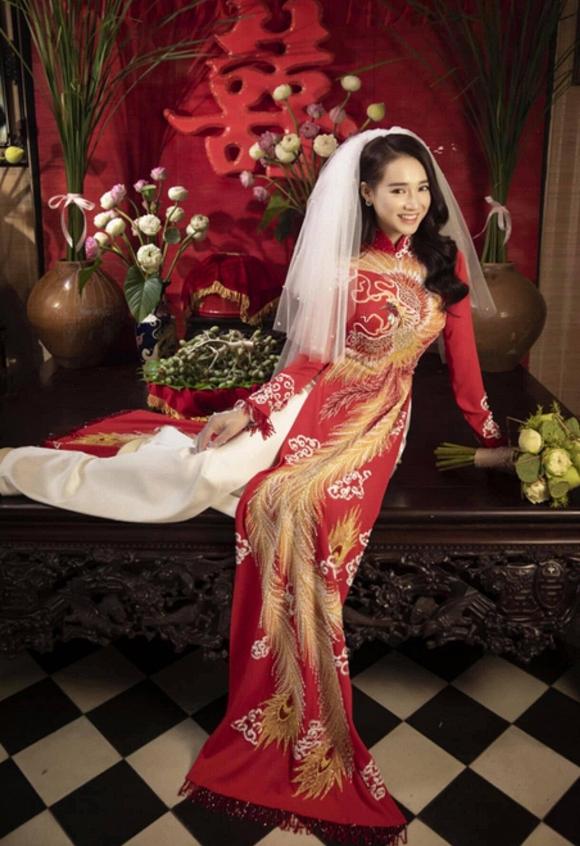 Nhã Phương đốn tim người hâm mộ khi khoác lên mình chiếc áo cô dâu-1