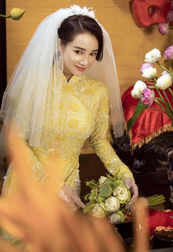 Nhã Phương đốn tim người hâm mộ khi khoác lên mình chiếc áo cô dâu-2