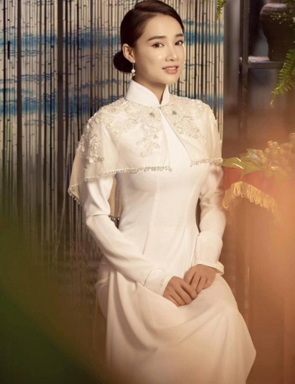 Nhã Phương đốn tim người hâm mộ khi khoác lên mình chiếc áo cô dâu-4