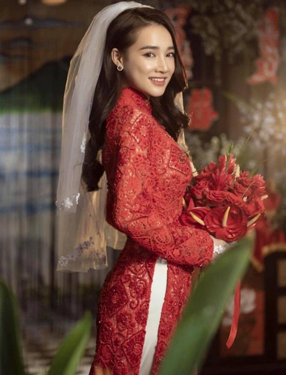 Nhã Phương đốn tim người hâm mộ khi khoác lên mình chiếc áo cô dâu-9