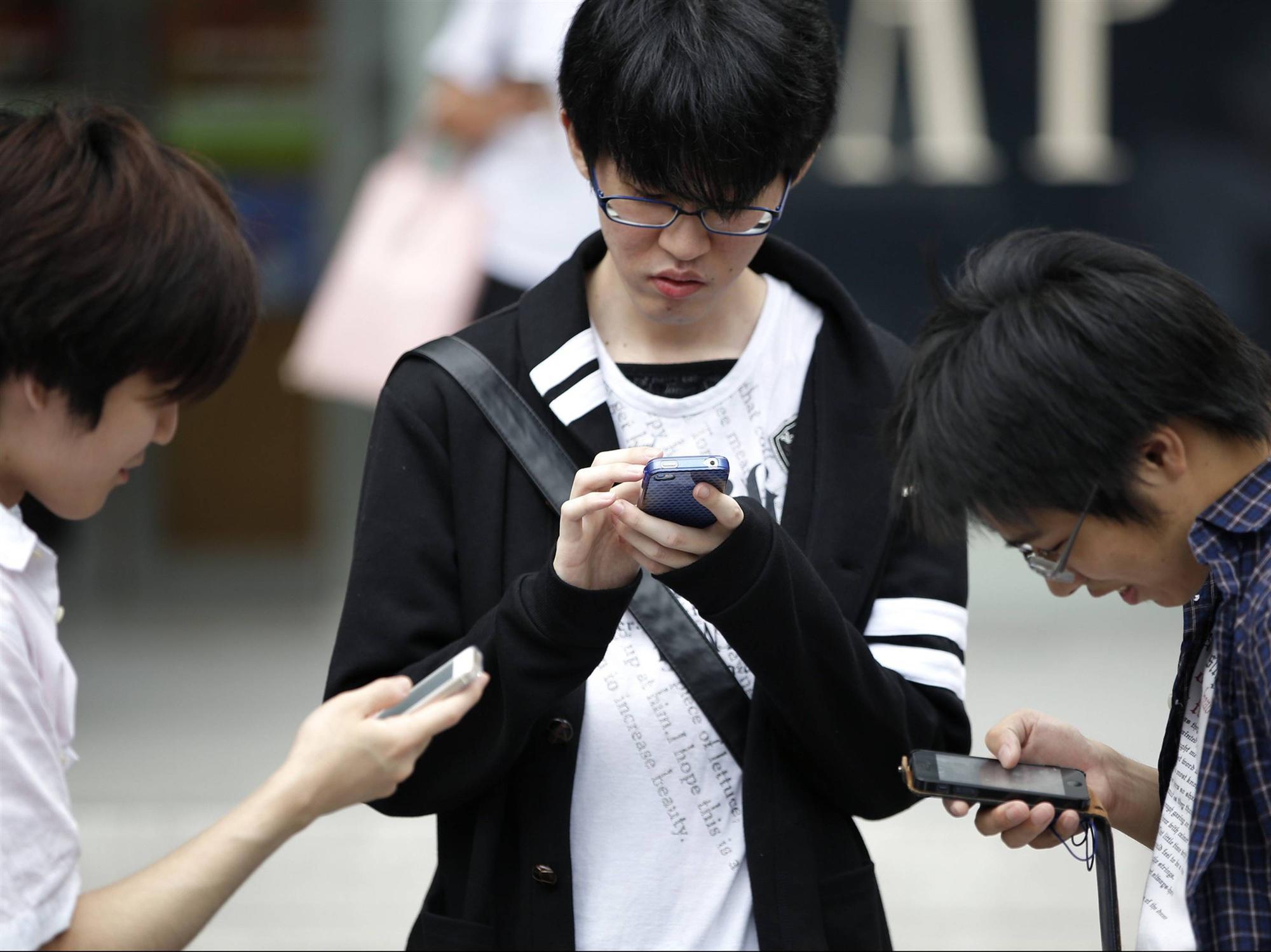 Loạt tuyệt chiêu cai nghiện điện thoại hay ho của các phụ huynh Tây, cha mẹ Việt rất nên tham khảo-5