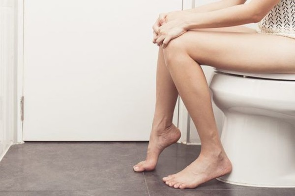 Dấu hiệu khiến nhiều người nhầm lẫn ung thư ruột với bệnh trĩ-1