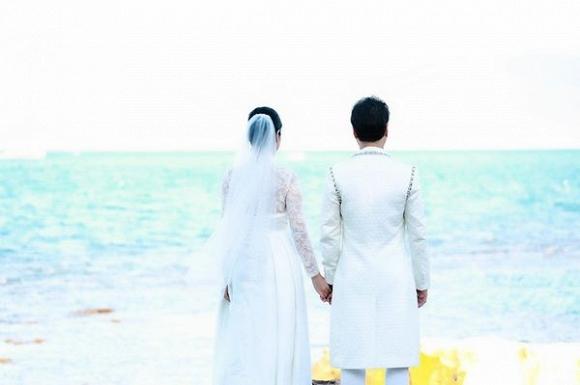 Ông hoàng nhạc sến Ngọc Sơn tung ảnh cưới, chính thức đòi quà mừng của 'đại gia đình'-1