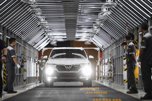 VinFast Lux- hành trình 21 tháng 'hô biến' từ bản phác thảo thành siêu phẩm ô tô Việt-1