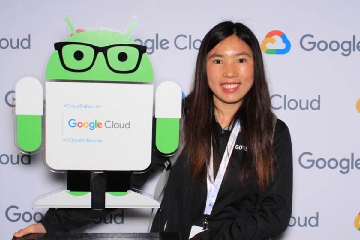 Từ cô gái suýt thất học đến kỹ sư Google nhận lương 115.000 USD/năm-2