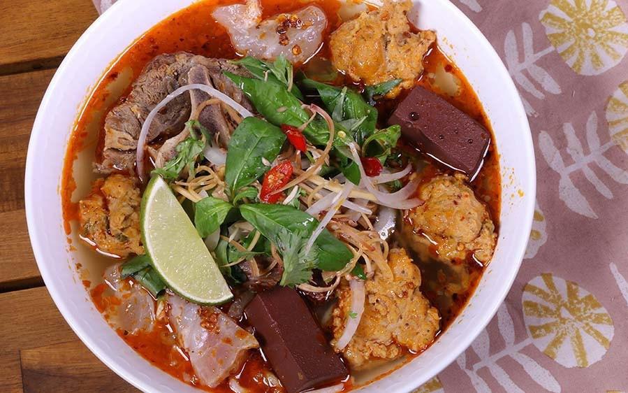 Những quán ăn có thâm niên trên 20 năm, đông nghịt khách ở Sài Gòn-2