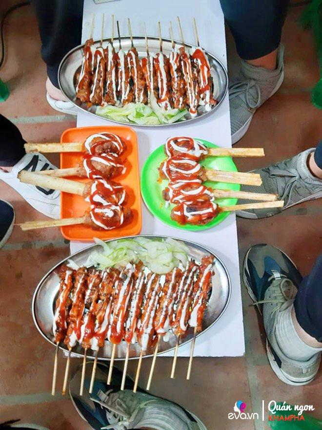 Mới bán được 1 năm, quán thịt bao mía Khâm Thiên khiến blogger Hàn Quốc mê như điếu đổ-3