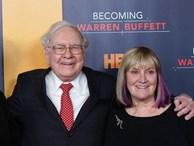 Cha mẹ Việt hở ra là đòi giữ tiền 'hộ' con nhưng tỷ phú Warren Buffett coi đây là một trong những sai lầm tai hại nhất về tiền bạc