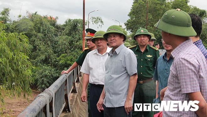 Hình ảnh mới nhất tại Quảng Ninh và Hải Phòng trước giờ bão số 3 đổ bộ-3