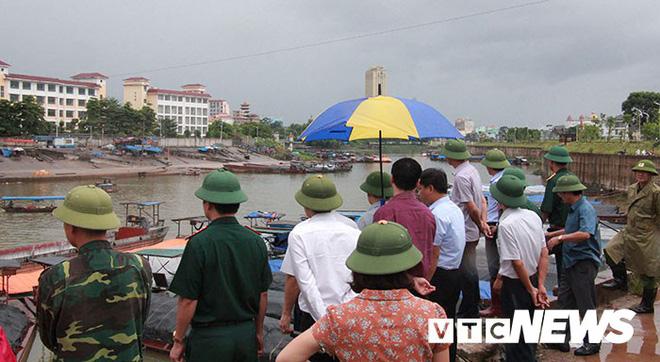 Hình ảnh mới nhất tại Quảng Ninh và Hải Phòng trước giờ bão số 3 đổ bộ-4