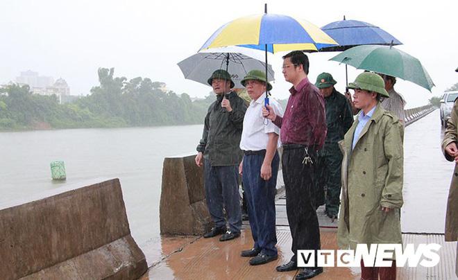Hình ảnh mới nhất tại Quảng Ninh và Hải Phòng trước giờ bão số 3 đổ bộ-5