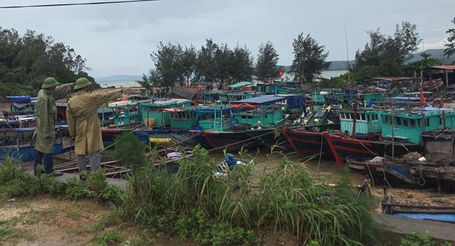 Hình ảnh mới nhất tại Quảng Ninh và Hải Phòng trước giờ bão số 3 đổ bộ-9