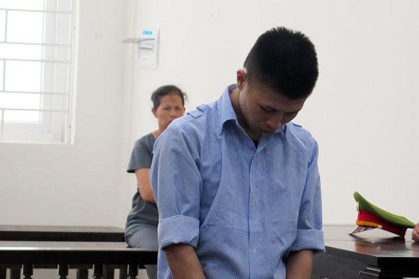 Người phụ nữ ở Hà Nội bị nhóm 9X lôi khỏi nhà, đánh giữa đêm-1