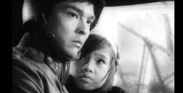 NSND Lan Hương: Em bé Hà Nội ngây thơ trưởng thành là người phụ nữ qua 2 cuộc làm lẽ đầy trắc trở-3