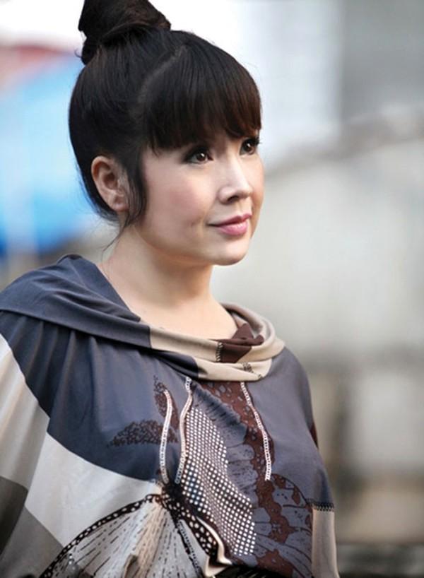 NSND Lan Hương: Em bé Hà Nội ngây thơ trưởng thành là người phụ nữ qua 2 cuộc làm lẽ đầy trắc trở-7