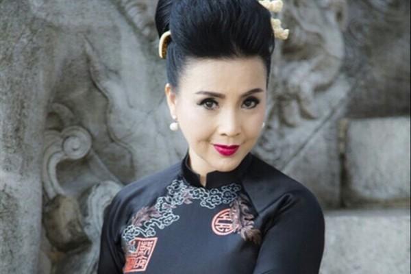 NSND Lan Hương: Em bé Hà Nội ngây thơ trưởng thành là người phụ nữ qua 2 cuộc làm lẽ đầy trắc trở-8