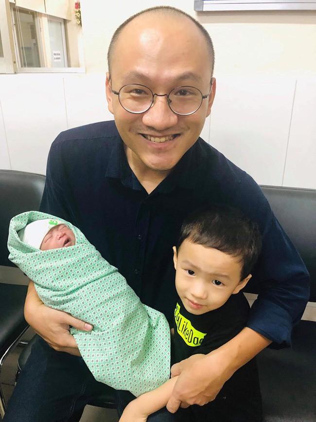 """MC Phan Đăng: Người ta thường đòi hỏi con cái phải biết ơn bố mẹ, nhưng chính tôi phải biết ơn con của mình""""-2"""