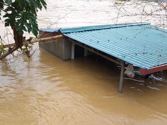 NÓNG: Lũ cuốn trôi 17 người, hiện 13 người vẫn đang mất tích ở Thanh Hoá-4