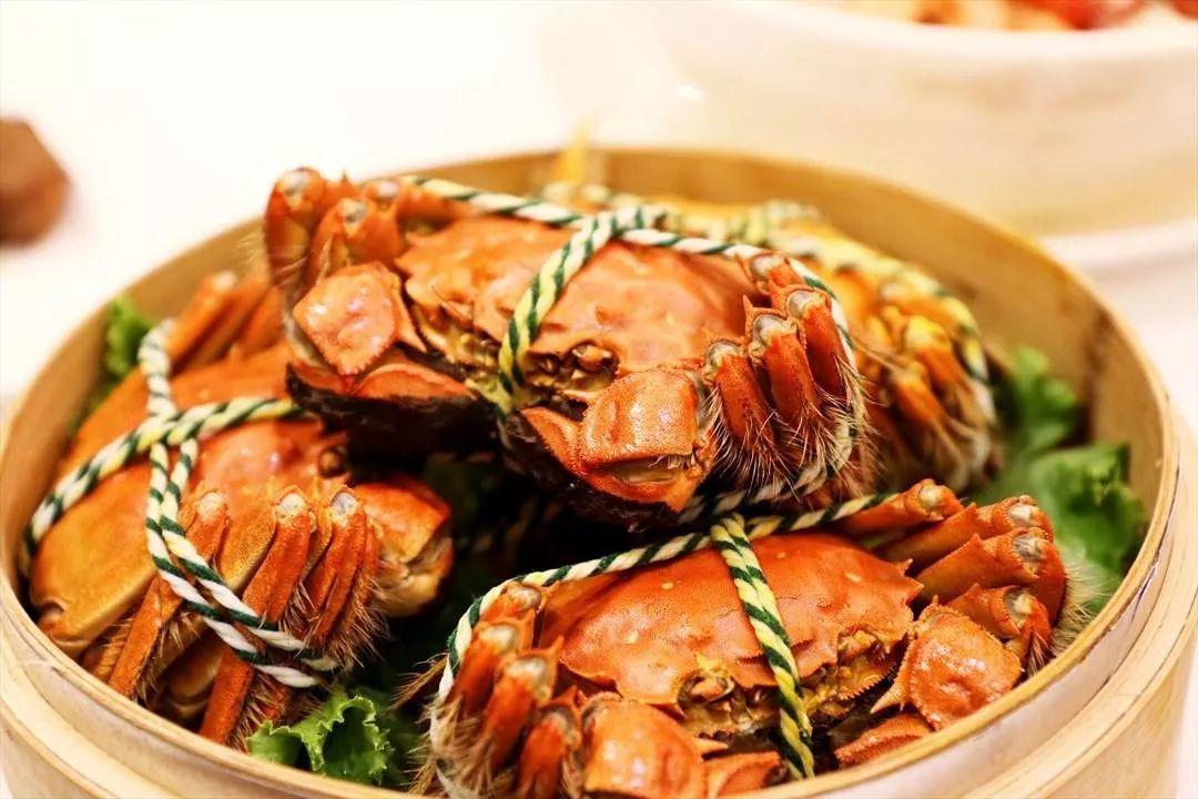 Khi hấp cua, nhiều người làm sai ngay từ bước đầu khiến món hải sản này mất ngon-1