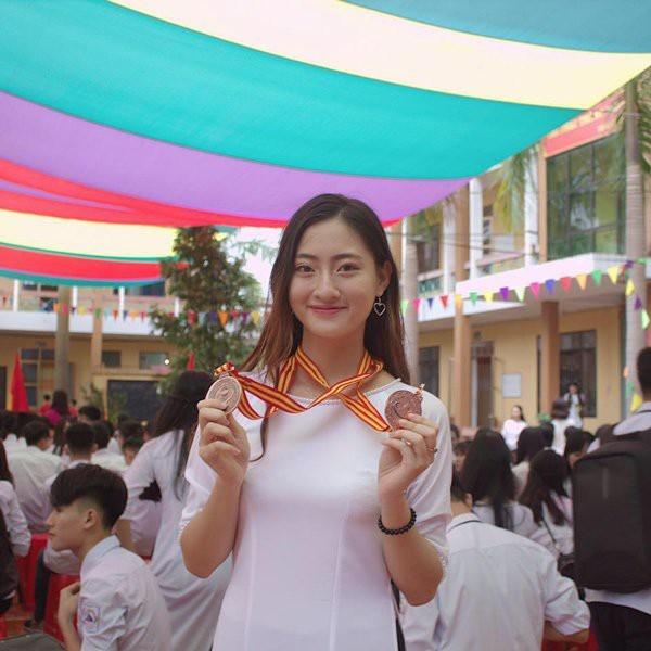 Chân dung Tân Hoa hậu Thế giới Việt Nam 2019: Xinh đẹp tự nhiên không góc chết, trình độ học vấn khủng, ngay từ đầu đã là ứng cử viên số 1 cho ngôi vị-10