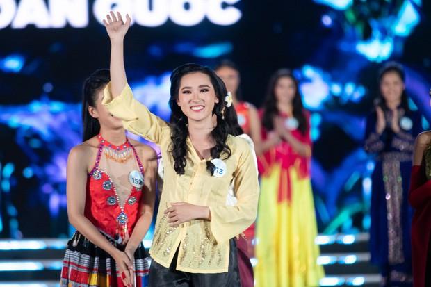 Chung kết Miss World Việt Nam 2019: Thí sinh nhan sắc vẹn toàn nhưng váy áo lại lắm lỡ làng-4