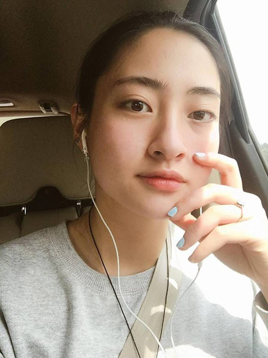 Mặt mộc xinh đẹp của Hoa hậu thế giới Vietnam Lương Thuỳ Linh-9