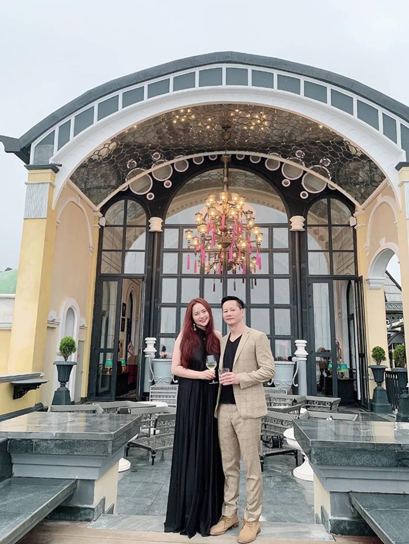 Mang tiếng là vợ đại gia mà vẫn phải làm việc suốt ngày, Phan Như Thảo giải thích lý do khiến nhiều người ngưỡng mộ-2